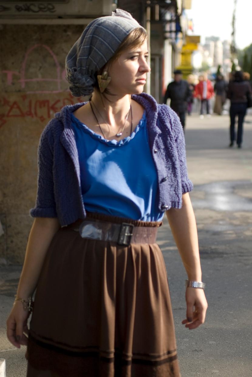 ana maria tehanciuc v for vintage